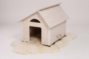 Hundehütte für Drinnen mit Fellunterlage